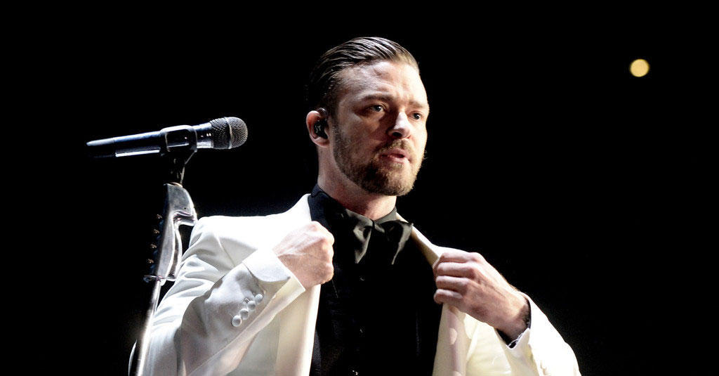 Justin Timberlake with a white suit
